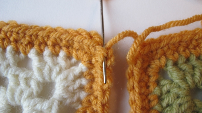 crochet motif seam 3