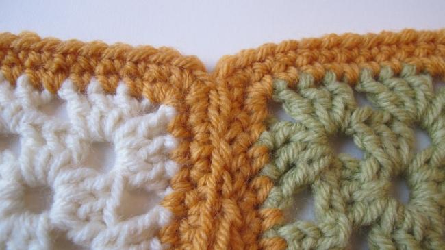 crochet motif seam 6