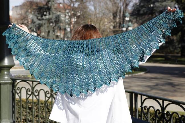 victoria crochet shawl