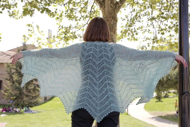 pipistrelle larger shawl