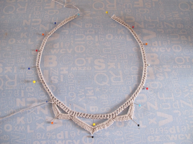blocking necklace
