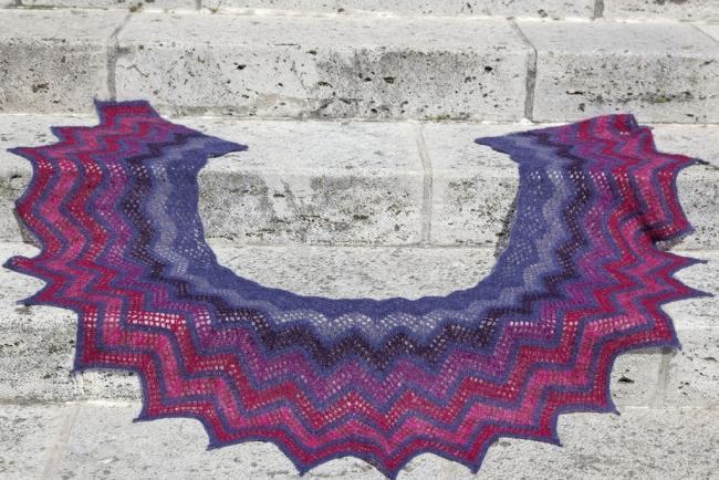 pipistrelle smaller shawl