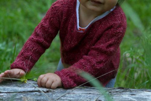 Début d'automne, pull enfant créé par Alana Dakos - dans Baby Botanicals