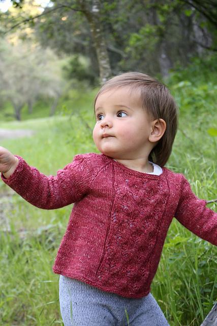 Début d'automne, pull enfant créé par Alana Dakos